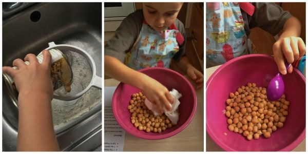 Cooking with Small Child - Easy Roasted Chickpeas Step 1