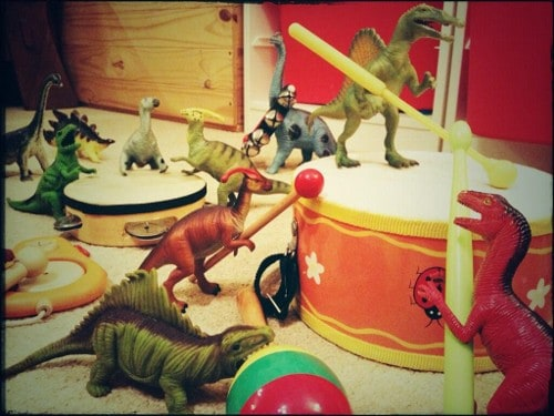 Eats Amazing -#dinovember day 11 - We wondered what all the banging around in the night was!