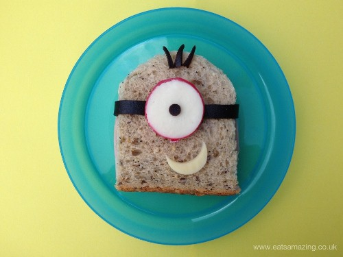 Eats Amazing - Easy Minion Sandwich with Babybel Eye (500x375)