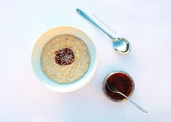 Eats Amazing - Ideas for healthy breakfasts that are all free from refined sugar - Porridge with pure fruit jam and sesame seeds