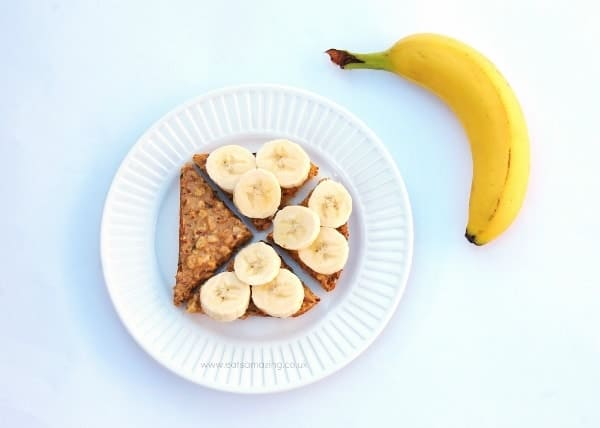 Eats Amazing - Ideas for healthy breakfasts that are all free from refined sugar - toast with peanute butter and sliced banana