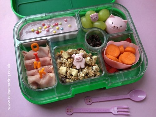 Eats Amazing - Piggy themed lunch in our Yumbox