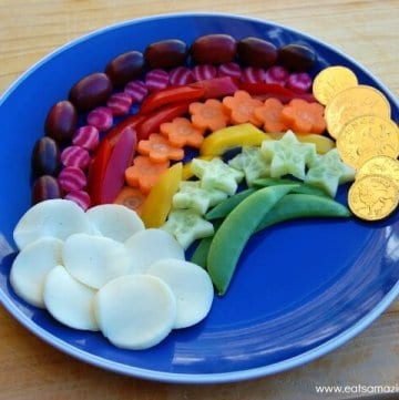 Rainbow Fruit and Vegetable Snack Platter for Kids - Fun and healthy rainbow food idea