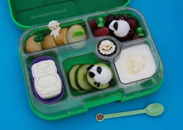 Eats Amazing - Sheep themed lunch with cuteZcute animal palz