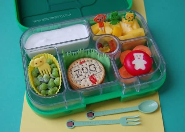Eats Amazing - Zoo themed bento lunch in the Yumbox
