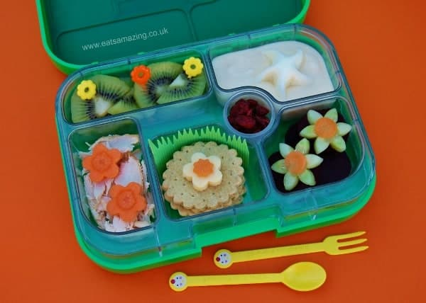 Eats Amazing - Flower Power Lunch in the Yumbox Bento Box