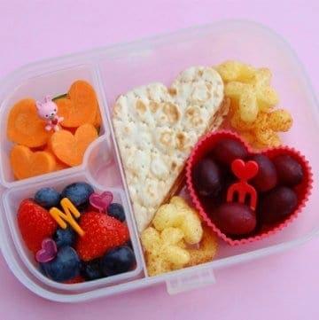 Munchkin Bento Mealtime Set Review & Giveaway
