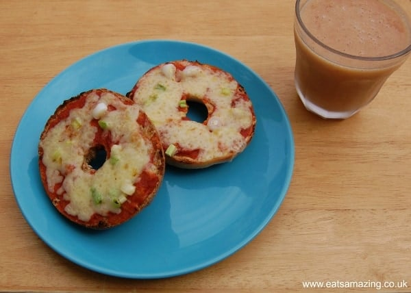 Eats Amazing UK - Bagel Pizzas and Homemade Smoothie