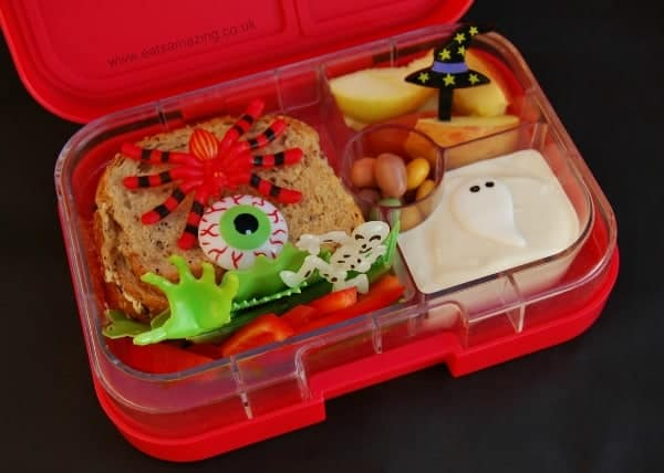 Eats Amazing UK - Halloween Themed bento school lunch made by six year old Small Child
