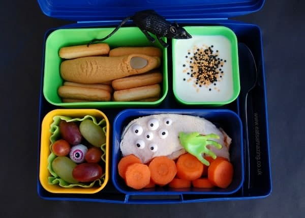 Fun Kids Bento Box Lunch Idea for Halloween from Eats Amazing UK