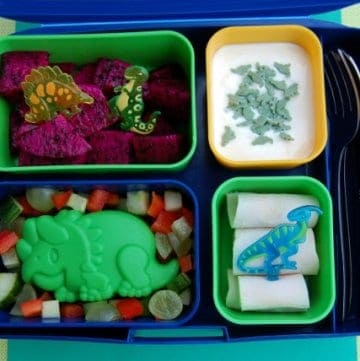 Fun and healthy Dinosaur themed food - bento School Lunch for a Dinosaur Loving Child from Eats Amazing UK