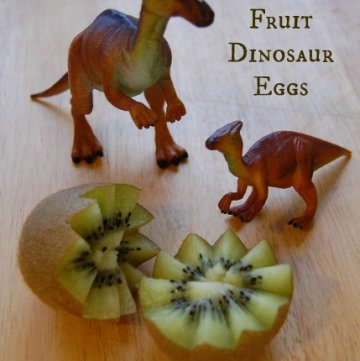 Healthy kiwi fruit is a whole lot more fun to eat for kids when you turn it into a dinosaur egg - idea and tutorial from Eats Amazing UK - Dinovember idea