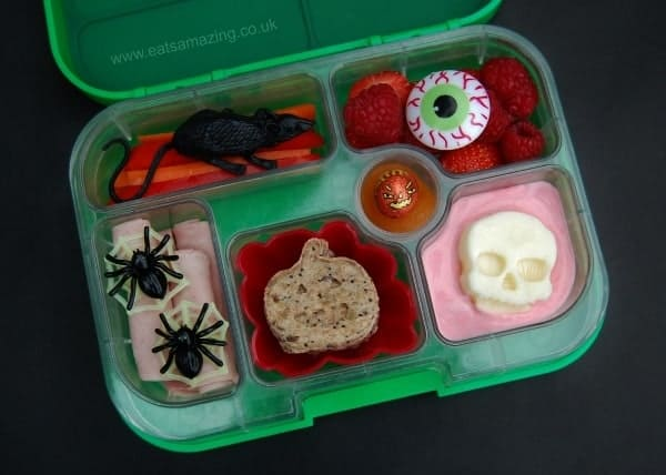 Simple Halloween Bento Lunch from Eats Amazing UK with Pumpkin Shaped Sandwiches