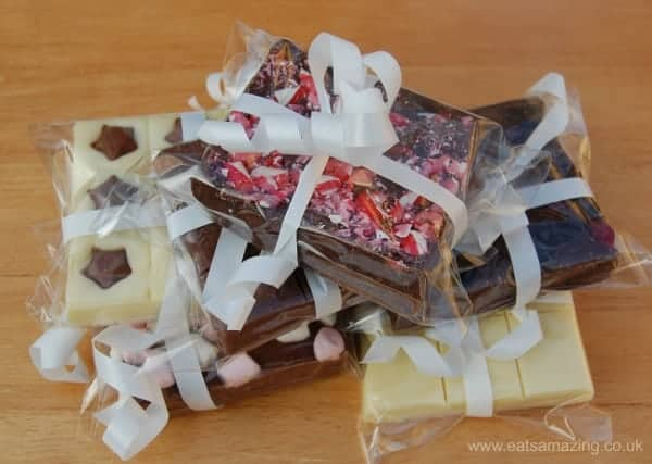 2 Ingredient 5 minute fudge recipe - easy recipe for children to make - fab Christmas present idea
