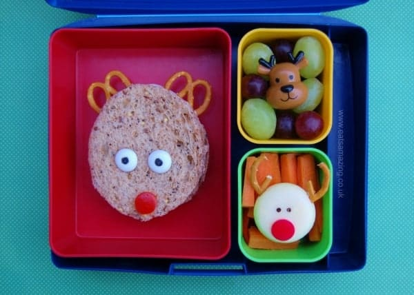 Christmas reindeer themed sandwich and healthy kids packed lunch idea from Eats Amazing UK