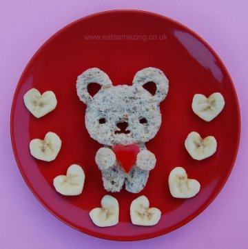 Food Art for Kids - Cute Snack Plate for Valentines Day with CuteZCute Cutters from Eats Amazing UK