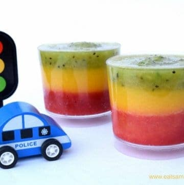 Fun and Healthy Traffic Light Fruit Smoothie Recipe from Eats Amazing UK - fun food for kids