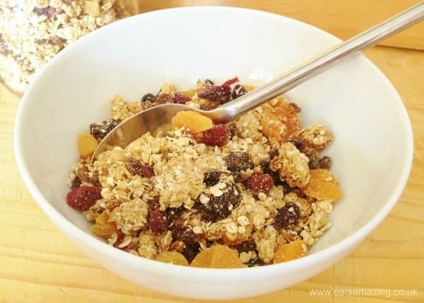 Healthy homemade granola recipe - 15 easy and healthy breakfast ideas for kids from Eats Amazing UK