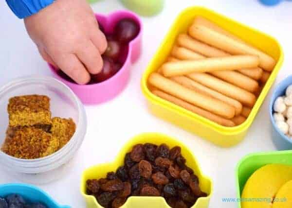 40 quick and healthy snack ideas for toddlers from Eats Amazing UK - loads of kids food ideas to pack for on the go