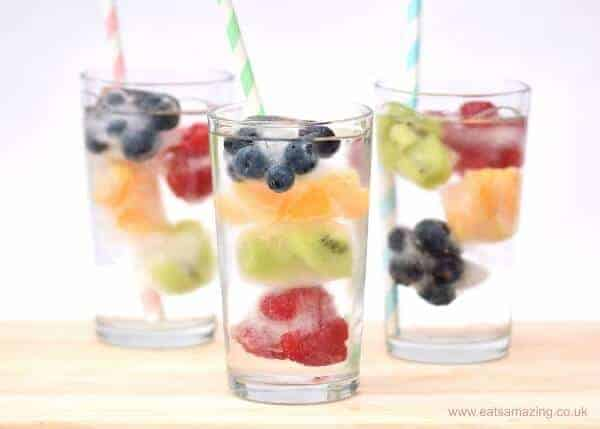 Keep kids hydrated with these pretty rainbow fruit ice cubes - great way to encourage kids to drink more water from Eats Amazing UK