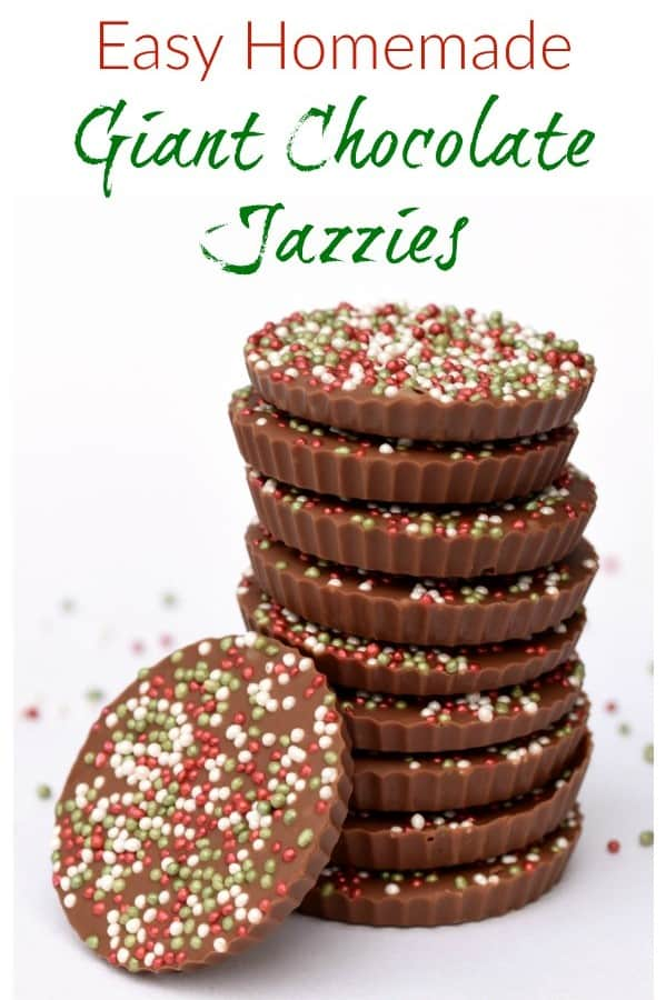 Really easy giant chocolate jazzies - these giant chocolate buttons are a great gift recipe for kids to make for Christmas #EatsAmazing #Christmas #christmasgifts #Christmasfood #christmasgiftideas #chocolate #treats #sprinkles #cookingwithkids #easyrecipe #funfood #festivefood