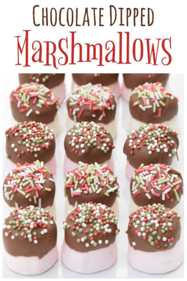 This quick chocolate dipped marshmallows recipe makes a fun and easy homemade gift idea for kids to make for Christmas #EatsAmazing #Christmasfood #Christmas #christmasgifts #homemade #chocolate #marshmallow #easyrecipe #cookingwithkids #funfood #festive #ediblegifts #sprinkles