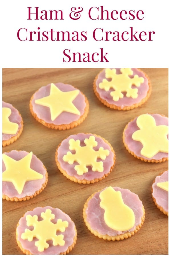 These fun crackers make a great Christmas themed snack for kids or cute Christmas party food - quick and easy Christmas recipe for kids #EatsAmazing #ChristmasFood #ChristmasParty #funfood #foodart #kidsfood #Christmas #Partyfood #snack #easyrecipe #festivefood