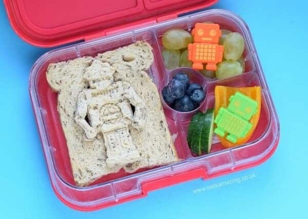 Fun robot lunch for kids idea from Eats Amazing UK - packed in the Yumbox panino bento box