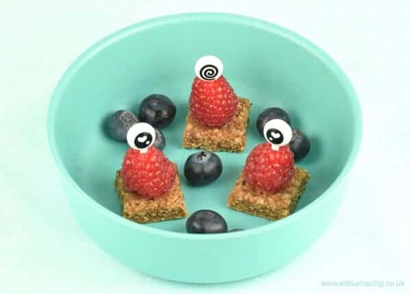 Cute and easy snack idea for toddlers - fun edible aliens with Organix Mini Oaty Bites - Eats Amazing UK