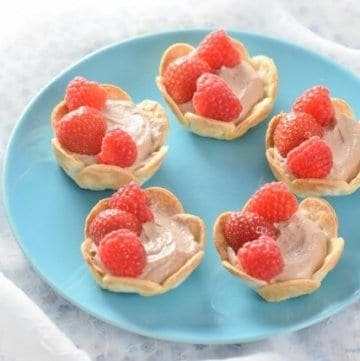 Really easy Chocolate Tartilla Tarts recipe from Eats Amazing UK