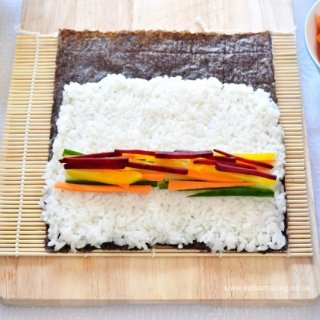 Easy Rainbow Vegetable Sushi