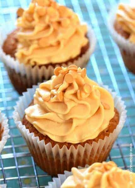 Easy salted caramel cupcakes recipe with homemade salted caramel buttercream icing - a gorgeous dessert for any party from Eats Amazing UK
