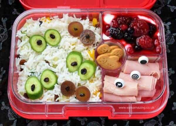 Fun eyeball themed monster bento lunch for Halloween - fun and healthy kids lunch idea from Eats Amazing UK