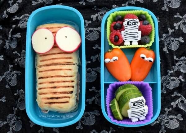 Fun spooky mummy themed bento lunch for Halloween - fun and healthy kids lunch idea from Eats Amazing UK