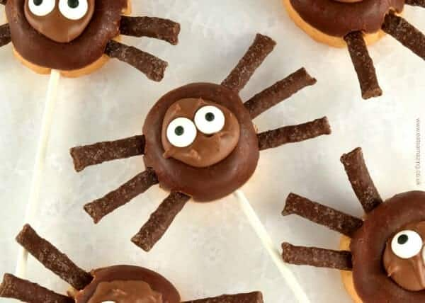 Really easy Mini Donut Spider Pops - fun treat idea for Halloween - perfect for Halloween party food - Eats Amazing UK