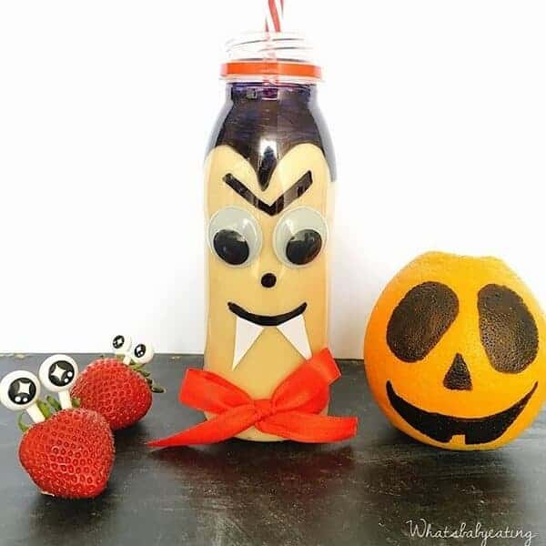 Vampire Smoothie - Fun and healthy Halloween drink for kids from whatsbabyeating