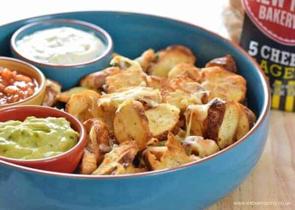 Easy Cheesy Bagel Nachos - awesome party food recipe for kids and adults too from Eats Amazing UK