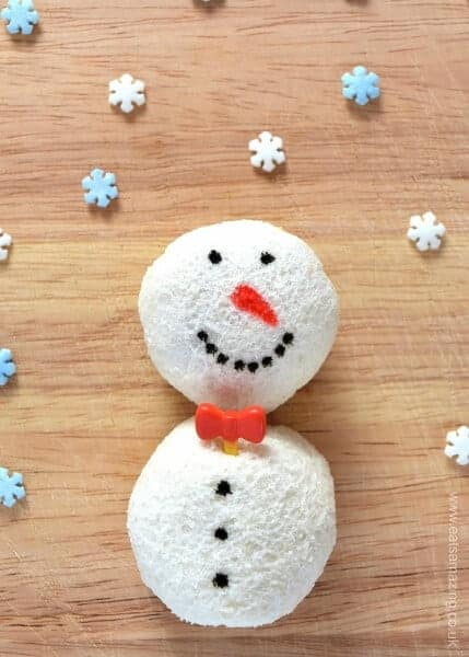 Cute Christmas food idea for kids - snowman sandwich balls - fun food recipe tutorial from Eats Amazing UK