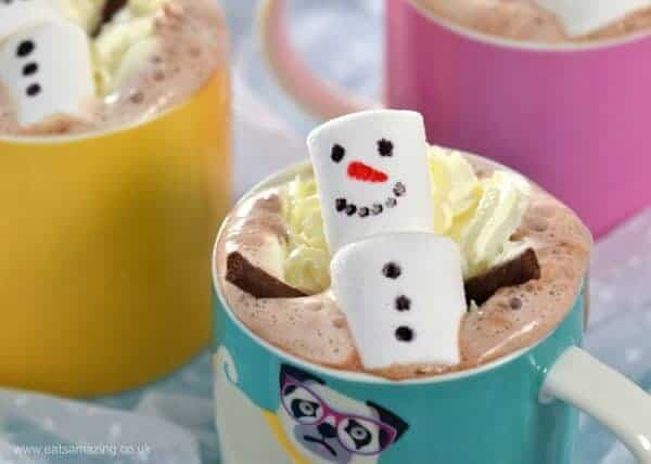 Cute and easy snowman homemade hot chocolate - fun Christmas food for kids - perfect for a North Pole Breakfast - Eats Amazing UK