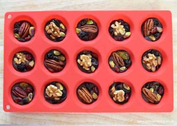 Easy Fruit and Nut Chocolate Buttons - easy recipe for kids from Eats Amazing UK - great for Christmas gifts