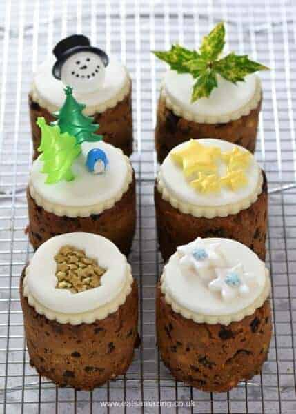 Easy mini christmas cakes in tin cans recipe - I used mini baked bean tins to bake these cute little cakes - great homemade gift idea from Eats Amazing