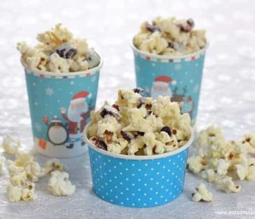 Christmas Popcorn Recipes.White Chocolate Cranberry Popcorn