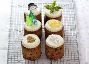 Tin Can Mini Christmas Cakes
