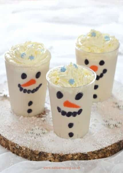 Really easy snowman smoothies - a fun and healthy Christmas drink that kids will love - Eats Amazing UK