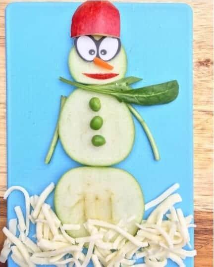 12 Fun Snowman Themed Foods for Kids - Fruity Snowman from feedinglittlemonkeys