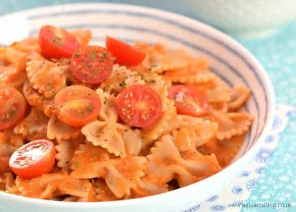Simple pasta sauce recipe stuffed with hidden veggies - a great base for loads of different meals including pizza and pasta - family friendly recipe from Eats Amazing UK