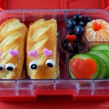 Quick and easy love bugs valentines bento lunch in the Yumbox Panino - Eats Amazing UK
