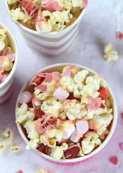 White chocolate strawberries and marshmallows Valentines popcorn recipe - fun and easy Valentines day treat that kids can make - Eats Amazing UK