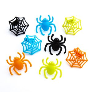 Spider and web Halloween cupcake rings from the Eats Amazing UK Shop