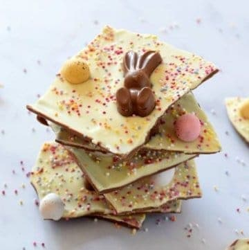 How to make easy double chocolate Easter bark - cute and easy recipe for kids - great for homemade Easter gifts - Eats Amazing UK